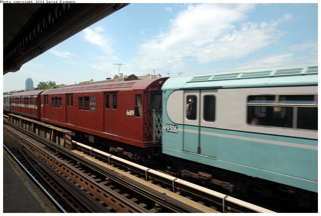 (145k, 1044x701)<br><b>Country:</b> United States<br><b>City:</b> New York<br><b>System:</b> New York City Transit<br><b>Line:</b> BMT Astoria Line<br><b>Location:</b> Broadway<br><b>Route:</b> Fan Trip<br><b>Car:</b> R-17 (St. Louis, 1955-56) 6609 <br><b>Photo by:</b> David Pirmann<br><b>Date:</b> 6/19/2004<br><b>Viewed (this week/total):</b> 3 / 2593