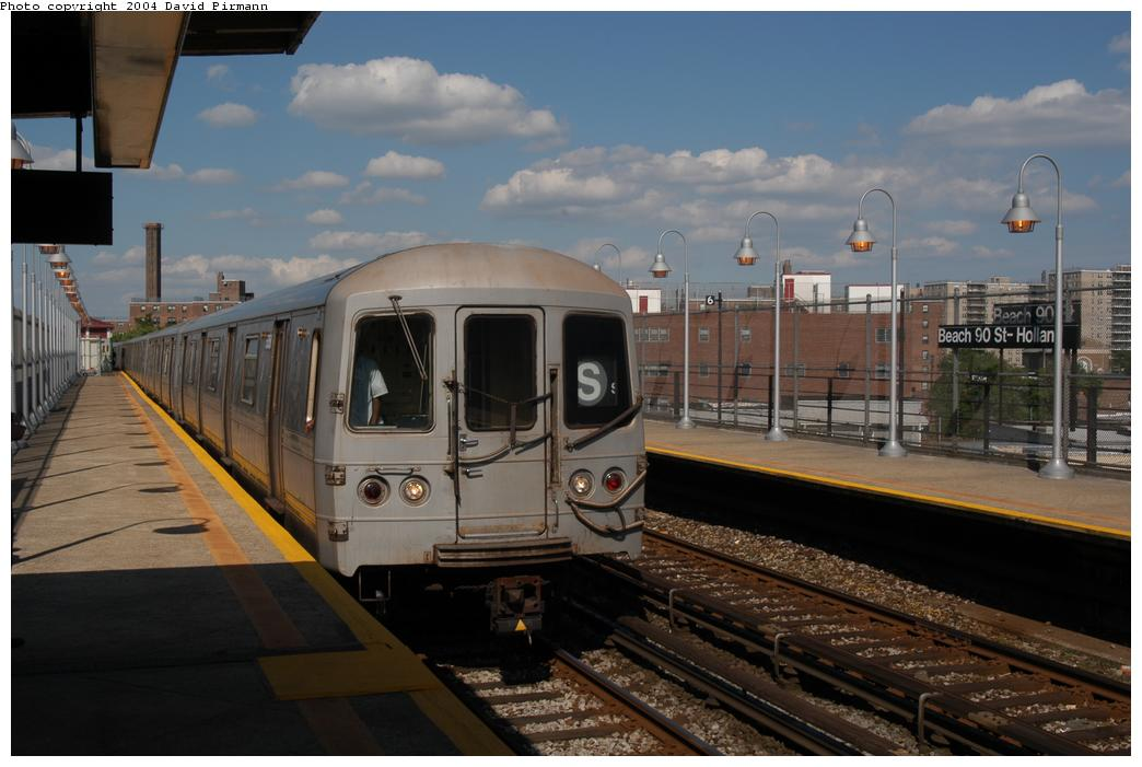 (146k, 1044x701)<br><b>Country:</b> United States<br><b>City:</b> New York<br><b>System:</b> New York City Transit<br><b>Line:</b> IND Rockaway Line<br><b>Location:</b> Beach 90th Street/Holland<br><b>Route:</b> S<br><b>Car:</b> R-44 (St. Louis, 1971-73) 5358 <br><b>Photo by:</b> David Pirmann<br><b>Date:</b> 6/19/2004<br><b>Viewed (this week/total):</b> 1 / 4324