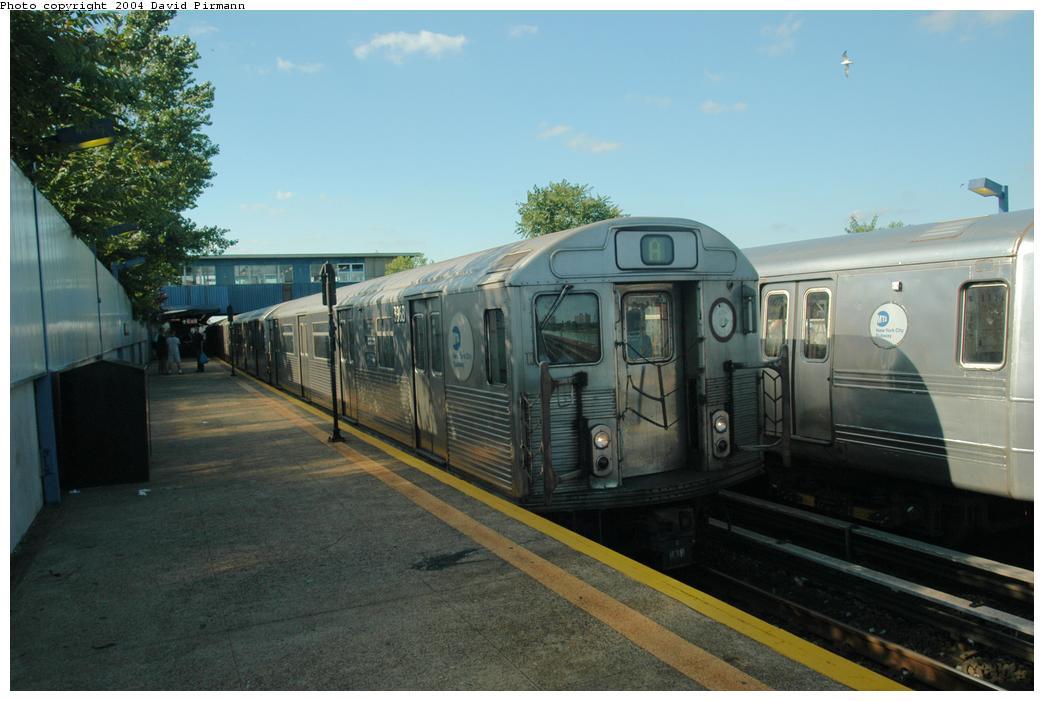 (138k, 1044x701)<br><b>Country:</b> United States<br><b>City:</b> New York<br><b>System:</b> New York City Transit<br><b>Line:</b> IND Rockaway Line<br><b>Location:</b> Broad Channel<br><b>Route:</b> A<br><b>Car:</b> R-38 (St. Louis, 1966-1967) 3968 <br><b>Photo by:</b> David Pirmann<br><b>Date:</b> 6/19/2004<br><b>Viewed (this week/total):</b> 4 / 4020
