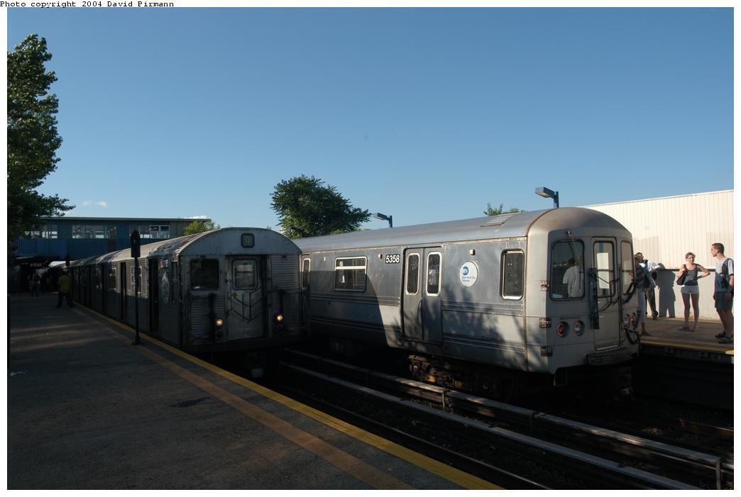 (109k, 1044x701)<br><b>Country:</b> United States<br><b>City:</b> New York<br><b>System:</b> New York City Transit<br><b>Line:</b> IND Rockaway Line<br><b>Location:</b> Broad Channel<br><b>Route:</b> A<br><b>Car:</b> R-32 (Budd, 1964) 3805 <br><b>Photo by:</b> David Pirmann<br><b>Date:</b> 6/19/2004<br><b>Viewed (this week/total):</b> 2 / 4028