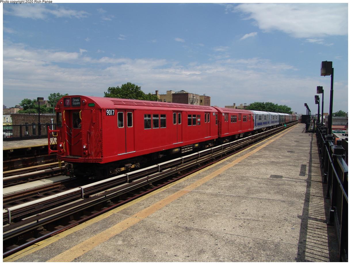 (495k, 1220x920)<br><b>Country:</b> United States<br><b>City:</b> New York<br><b>System:</b> New York City Transit<br><b>Line:</b> BMT Astoria Line<br><b>Location:</b> 36th/Washington Aves.<br><b>Route:</b> Fan Trip<br><b>Car:</b> R-33 Main Line (St. Louis, 1962-63) 9017 <br><b>Photo by:</b> Richard Panse<br><b>Date:</b> 6/19/2004<br><b>Viewed (this week/total):</b> 2 / 2892