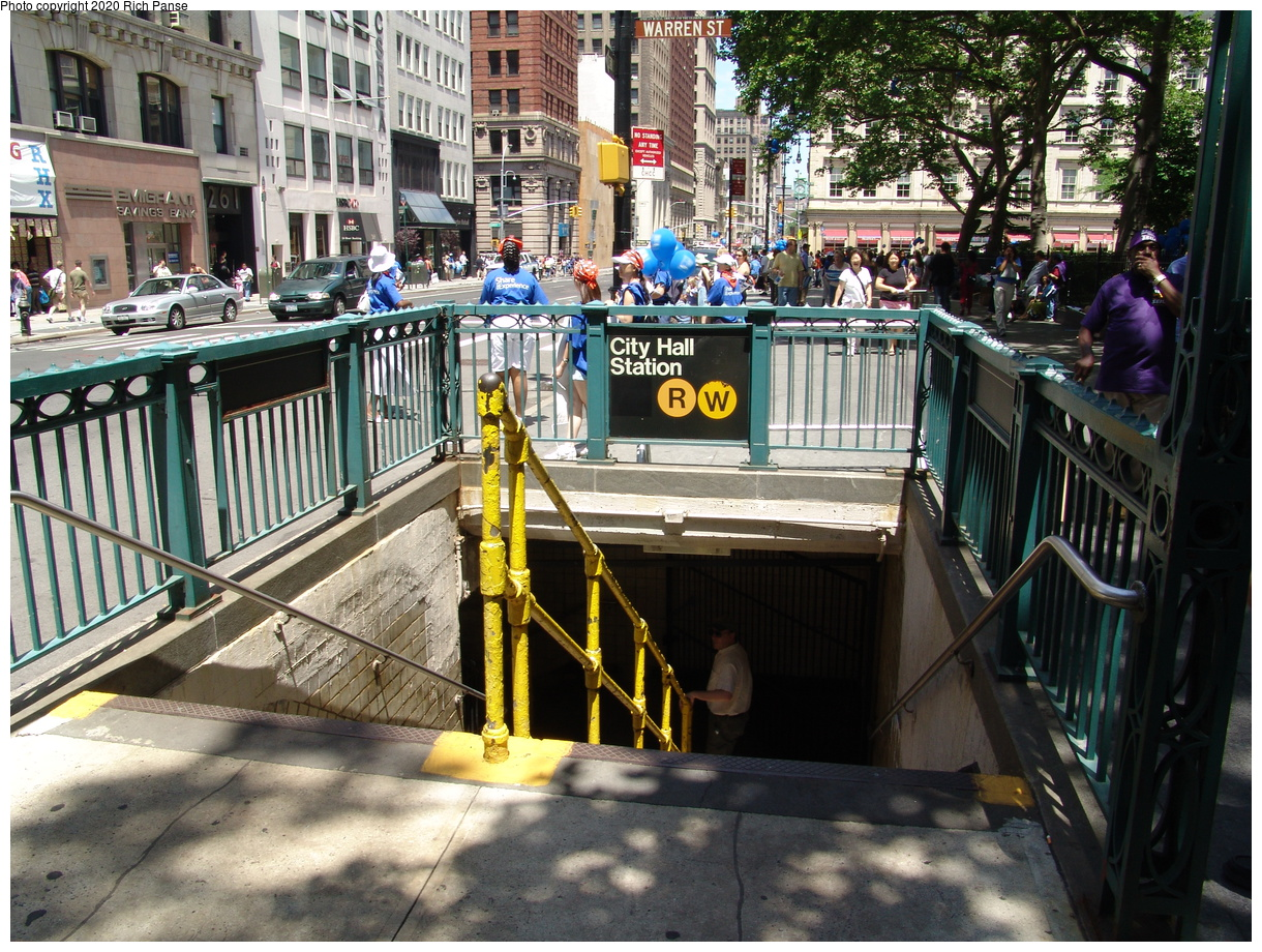(599k, 1220x920)<br><b>Country:</b> United States<br><b>City:</b> New York<br><b>System:</b> New York City Transit<br><b>Line:</b> BMT Broadway Line<br><b>Location:</b> City Hall<br><b>Photo by:</b> Richard Panse<br><b>Date:</b> 6/19/2004<br><b>Notes:</b> Street entrance at Warren & Broadway<br><b>Viewed (this week/total):</b> 4 / 12689