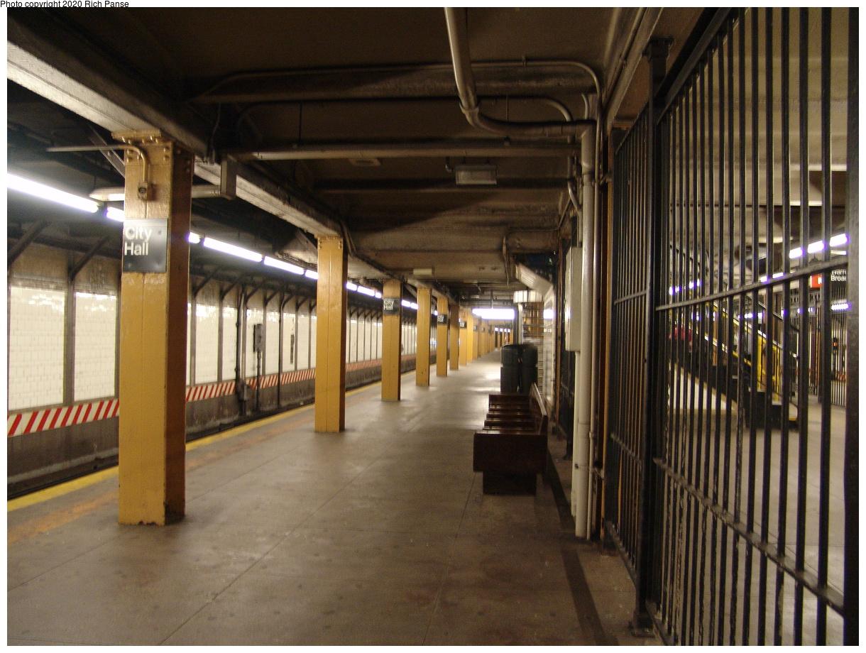 (478k, 1220x920)<br><b>Country:</b> United States<br><b>City:</b> New York<br><b>System:</b> New York City Transit<br><b>Line:</b> BMT Broadway Line<br><b>Location:</b> City Hall<br><b>Photo by:</b> Richard Panse<br><b>Date:</b> 6/19/2004<br><b>Viewed (this week/total):</b> 3 / 5373