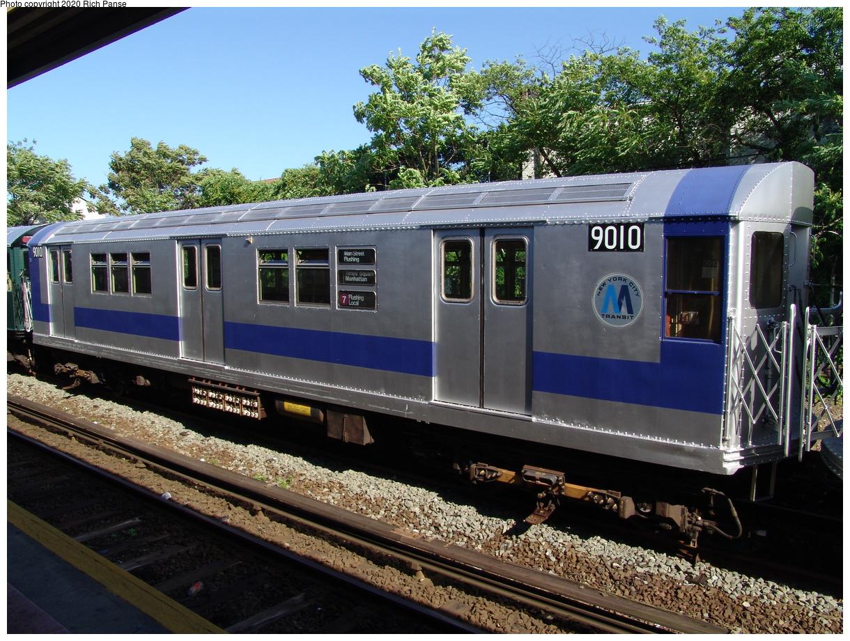 (550k, 1220x920)<br><b>Country:</b> United States<br><b>City:</b> New York<br><b>System:</b> New York City Transit<br><b>Line:</b> IND Rockaway Line<br><b>Location:</b> Rockaway Park/Beach 116th Street<br><b>Route:</b> Fan Trip<br><b>Car:</b> R-33 Main Line (St. Louis, 1962-63) 9010 <br><b>Photo by:</b> Richard Panse<br><b>Date:</b> 6/19/2004<br><b>Viewed (this week/total):</b> 3 / 3086