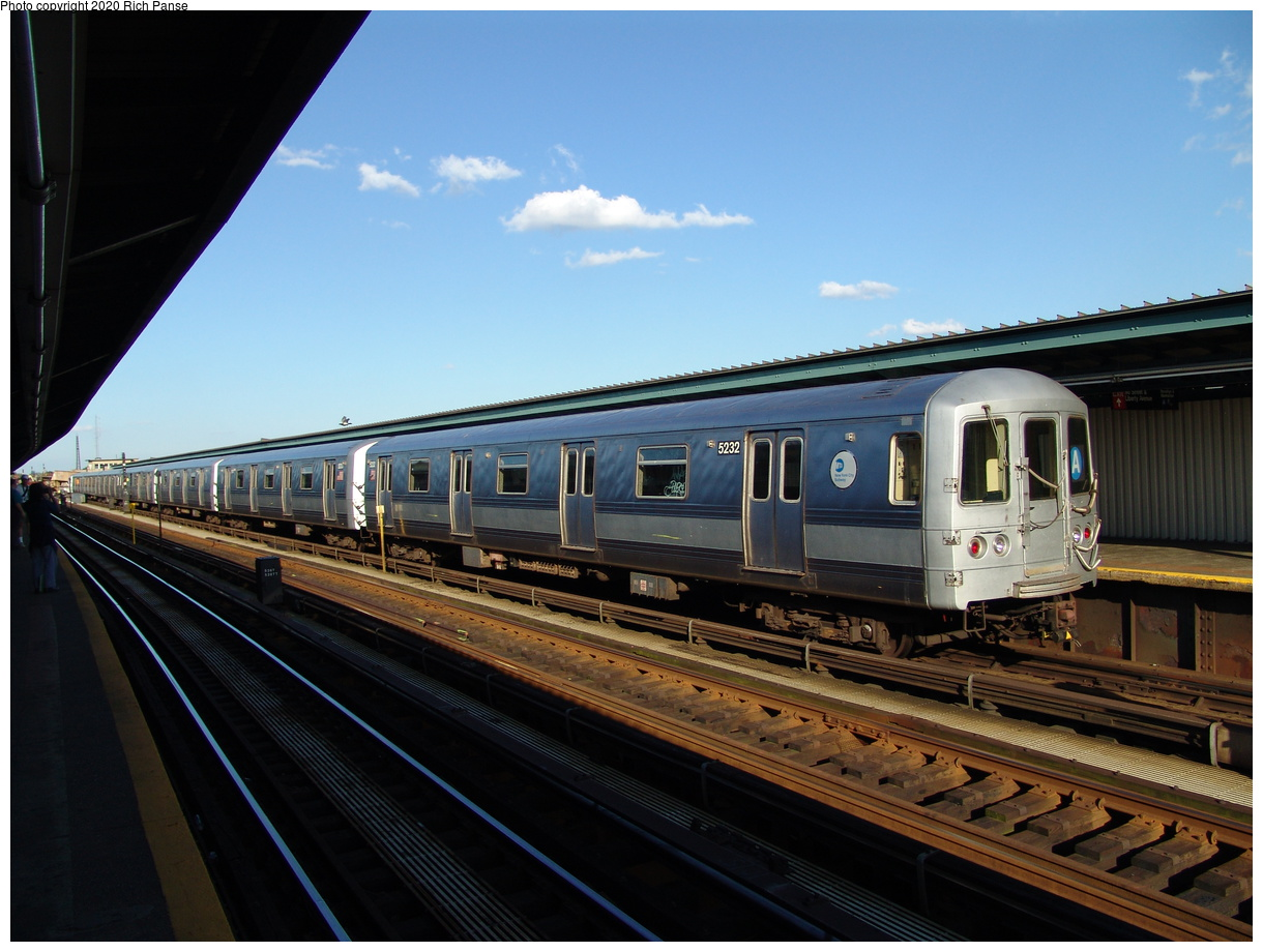 (375k, 1220x920)<br><b>Country:</b> United States<br><b>City:</b> New York<br><b>System:</b> New York City Transit<br><b>Line:</b> IND Fulton Street Line<br><b>Location:</b> Rockaway Boulevard<br><b>Route:</b> A<br><b>Car:</b> R-44 (St. Louis, 1971-73) 5232 <br><b>Photo by:</b> Richard Panse<br><b>Date:</b> 6/19/2004<br><b>Viewed (this week/total):</b> 1 / 3346
