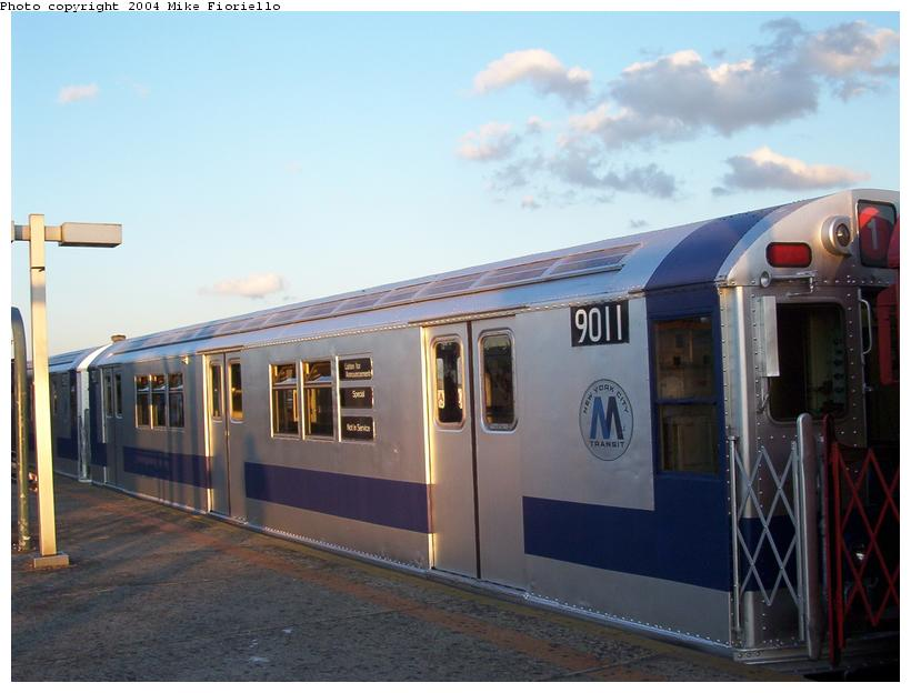 (65k, 820x624)<br><b>Country:</b> United States<br><b>City:</b> New York<br><b>System:</b> New York City Transit<br><b>Line:</b> IRT Flushing Line<br><b>Location:</b> Junction Boulevard<br><b>Route:</b> Fan Trip<br><b>Car:</b> R-33 Main Line (St. Louis, 1962-63) 9011 <br><b>Photo by:</b> Mike Fioriello<br><b>Date:</b> 6/19/2004<br><b>Viewed (this week/total):</b> 5 / 3939