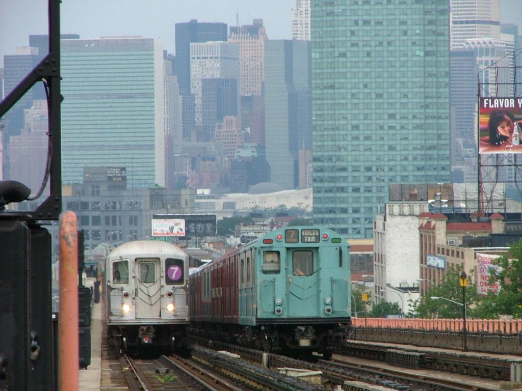 (143k, 1024x768)<br><b>Country:</b> United States<br><b>City:</b> New York<br><b>System:</b> New York City Transit<br><b>Line:</b> IRT Flushing Line<br><b>Location:</b> 40th Street/Lowery Street<br><b>Route:</b> Fan Trip<br><b>Car:</b> R-33 World's Fair (St. Louis, 1963-64) 9306 <br><b>Photo by:</b> Carlton Walton<br><b>Date:</b> 6/19/2004<br><b>Viewed (this week/total):</b> 2 / 4470