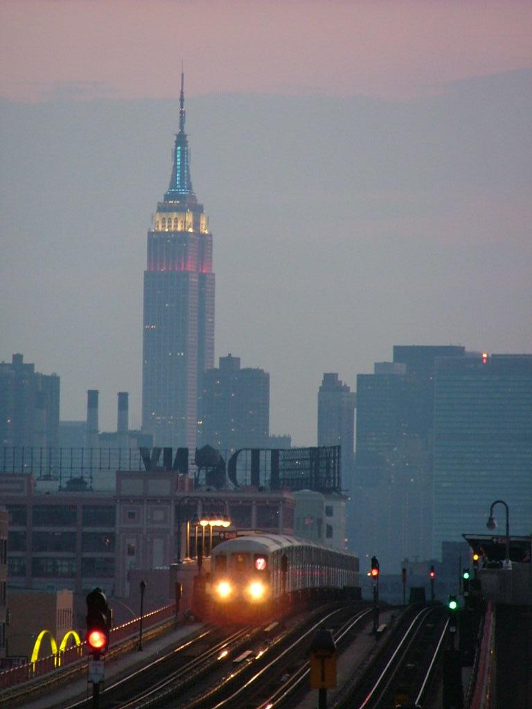 (82k, 768x1024)<br><b>Country:</b> United States<br><b>City:</b> New York<br><b>System:</b> New York City Transit<br><b>Line:</b> IRT Flushing Line<br><b>Location:</b> 40th Street/Lowery Street<br><b>Car:</b> R-62A (Bombardier, 1984-1987)  <br><b>Photo by:</b> Carlton Walton<br><b>Date:</b> 6/19/2004<br><b>Viewed (this week/total):</b> 3 / 5101