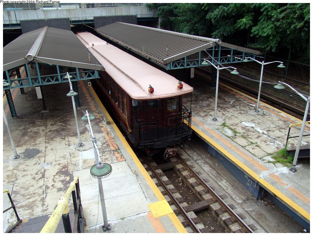 (224k, 1044x788)<br><b>Country:</b> United States<br><b>City:</b> New York<br><b>System:</b> New York City Transit<br><b>Line:</b> BMT West End Line<br><b>Location:</b> 9th Avenue<br><b>Route:</b> Fan Trip<br><b>Car:</b> BMT Elevated Gate Car 1404-1273-1407 <br><b>Photo by:</b> Richard Panse<br><b>Date:</b> 7/18/2004<br><b>Viewed (this week/total):</b> 1 / 4426