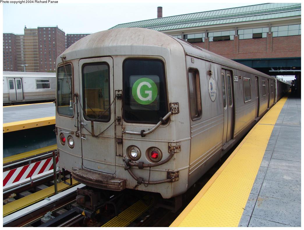 (176k, 1044x788)<br><b>Country:</b> United States<br><b>City:</b> New York<br><b>System:</b> New York City Transit<br><b>Location:</b> Coney Island/Stillwell Avenue<br><b>Route:</b> G<br><b>Car:</b> R-46 (Pullman-Standard, 1974-75) 5638 <br><b>Photo by:</b> Richard Panse<br><b>Date:</b> 7/18/2004<br><b>Viewed (this week/total):</b> 1 / 4815