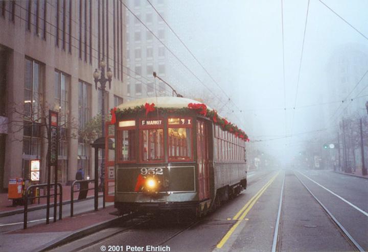 (112k, 720x494)<br><b>Country:</b> United States<br><b>City:</b> San Francisco/Bay Area, CA<br><b>System:</b> SF MUNI<br><b>Location:</b> Market/1st<br><b>Car:</b> New Orleans Public Service (Perley A. Thomas Car Works, 1924) 952 <br><b>Photo by:</b> Peter Ehrlich<br><b>Date:</b> 12/31/2000<br><b>Viewed (this week/total):</b> 0 / 1132