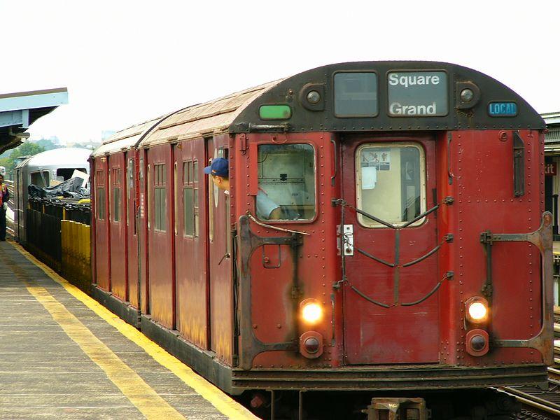 (79k, 800x600)<br><b>Country:</b> United States<br><b>City:</b> New York<br><b>System:</b> New York City Transit<br><b>Line:</b> BMT Culver Line<br><b>Location:</b> Bay Parkway (22nd Avenue)<br><b>Route:</b> Work Service<br><b>Car:</b> R-33 World's Fair (St. Louis, 1963-64) 9340 <br><b>Photo by:</b> Ted Siuta<br><b>Date:</b> 7/25/2004<br><b>Viewed (this week/total):</b> 1 / 4263