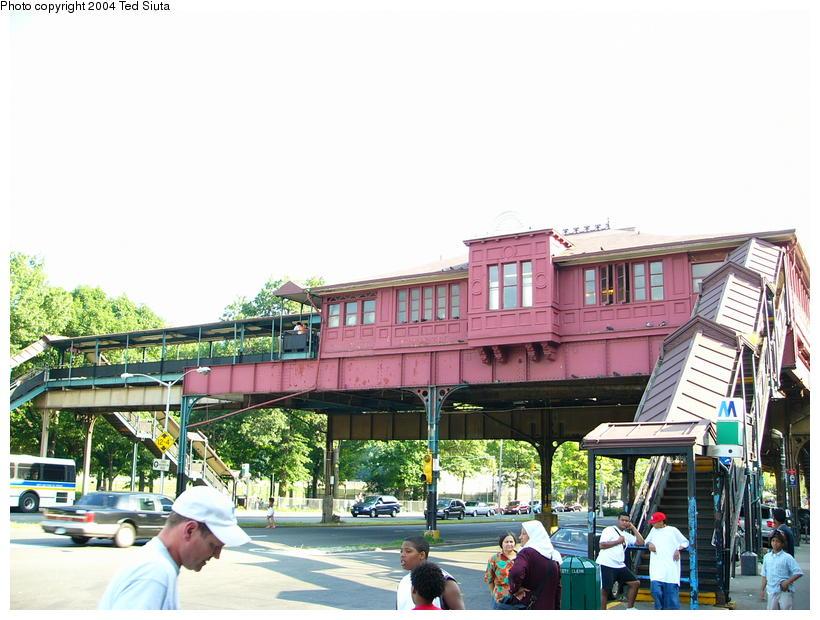 (106k, 820x620)<br><b>Country:</b> United States<br><b>City:</b> New York<br><b>System:</b> New York City Transit<br><b>Line:</b> IRT West Side Line<br><b>Location:</b> 242nd Street/Van Cortlandt Park<br><b>Photo by:</b> Ted Siuta<br><b>Date:</b> 7/25/2004<br><b>Notes:</b> Station house exterior.<br><b>Viewed (this week/total):</b> 0 / 8194