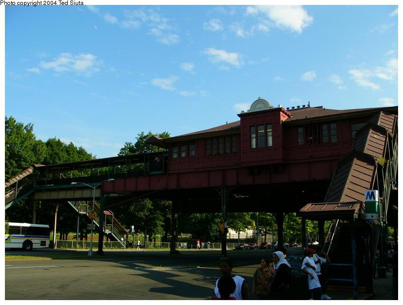 (83k, 820x620)<br><b>Country:</b> United States<br><b>City:</b> New York<br><b>System:</b> New York City Transit<br><b>Line:</b> IRT West Side Line<br><b>Location:</b> 242nd Street/Van Cortlandt Park<br><b>Photo by:</b> Ted Siuta<br><b>Date:</b> 7/25/2004<br><b>Notes:</b> Station house exterior.<br><b>Viewed (this week/total):</b> 0 / 5370