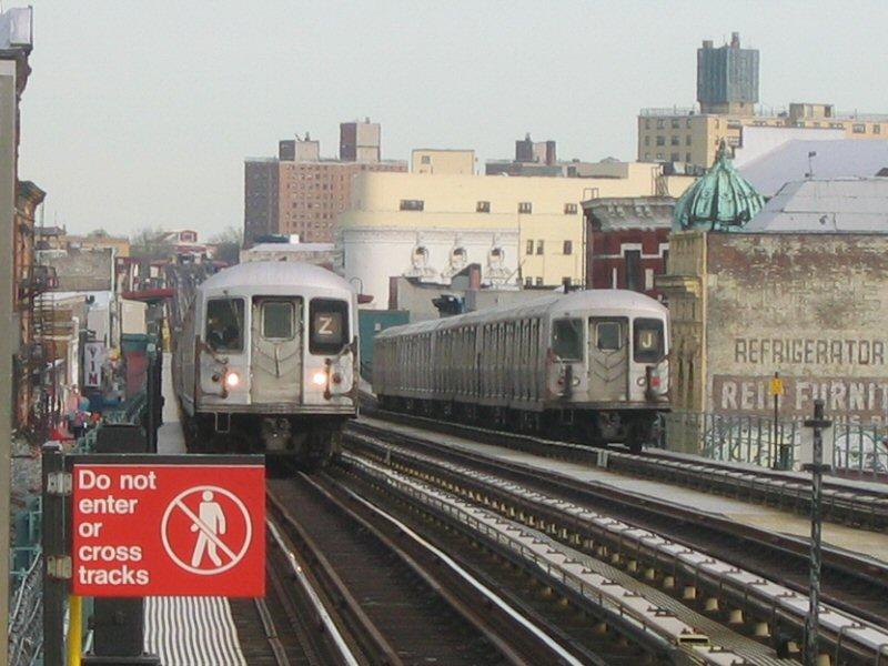 (102k, 800x600)<br><b>Country:</b> United States<br><b>City:</b> New York<br><b>System:</b> New York City Transit<br><b>Line:</b> BMT Nassau Street-Jamaica Line<br><b>Location:</b> Kosciuszko Street<br><b>Route:</b> Z<br><b>Car:</b> R-42 (St. Louis, 1969-1970)  <br><b>Photo by:</b> Dante D. Angerville<br><b>Date:</b> 4/20/2004<br><b>Viewed (this week/total):</b> 3 / 6333