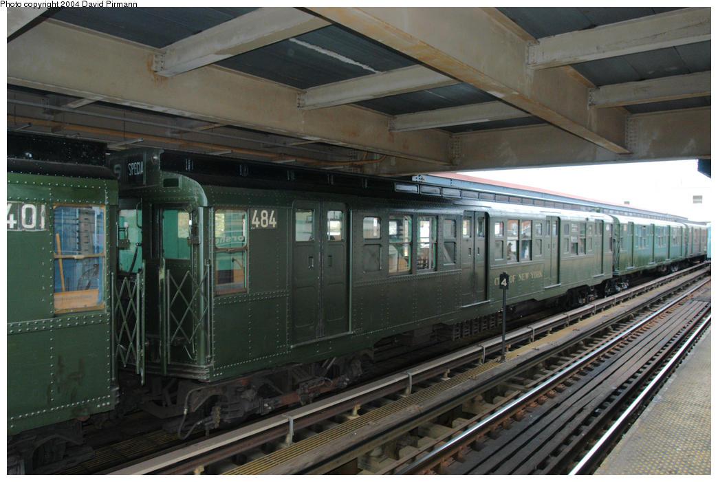 (181k, 1044x701)<br><b>Country:</b> United States<br><b>City:</b> New York<br><b>System:</b> New York City Transit<br><b>Line:</b> BMT Brighton Line<br><b>Location:</b> Brighton Beach<br><b>Route:</b> Fan Trip<br><b>Car:</b> R-4 (American Car & Foundry, 1932-1933) 484 <br><b>Photo by:</b> David Pirmann<br><b>Date:</b> 10/23/2004<br><b>Viewed (this week/total):</b> 0 / 4682