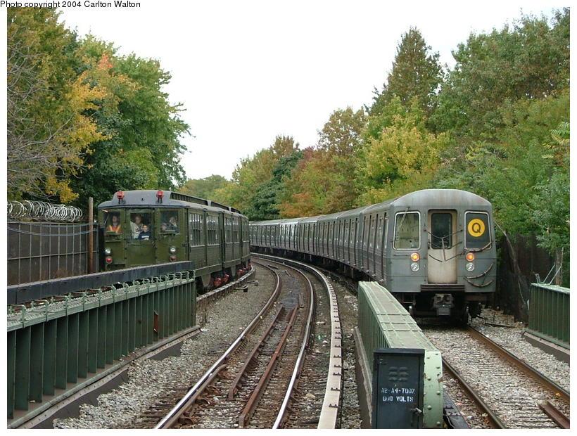 (133k, 820x620)<br><b>Country:</b> United States<br><b>City:</b> New York<br><b>System:</b> New York City Transit<br><b>Line:</b> BMT Brighton Line<br><b>Location:</b> Sheepshead Bay<br><b>Route:</b> Fan Trip<br><b>Car:</b> Low-V (Museum Train) 5292 <br><b>Photo by:</b> Carlton Walton<br><b>Date:</b> 10/23/2004<br><b>Viewed (this week/total):</b> 5 / 4632
