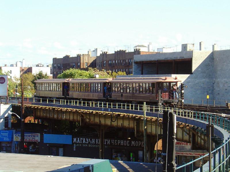 (181k, 800x600)<br><b>Country:</b> United States<br><b>City:</b> New York<br><b>System:</b> New York City Transit<br><b>Line:</b> BMT Brighton Line<br><b>Location:</b> Brighton Beach<br><b>Route:</b> Fan Trip<br><b>Car:</b> BMT Elevated Gate Car 1407 <br><b>Photo by:</b> Fred Guenther<br><b>Date:</b> 10/23/2004<br><b>Viewed (this week/total):</b> 3 / 4357