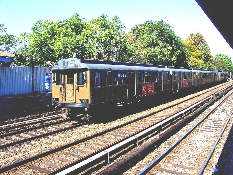 (198k, 800x600)<br><b>Country:</b> United States<br><b>City:</b> New York<br><b>System:</b> New York City Transit<br><b>Line:</b> BMT Brighton Line<br><b>Location:</b> Neck Road<br><b>Route:</b> Fan Trip<br><b>Car:</b> BMT D-Type Triplex 6019 <br><b>Photo by:</b> Fred Guenther<br><b>Date:</b> 10/23/2004<br><b>Viewed (this week/total):</b> 5 / 5784