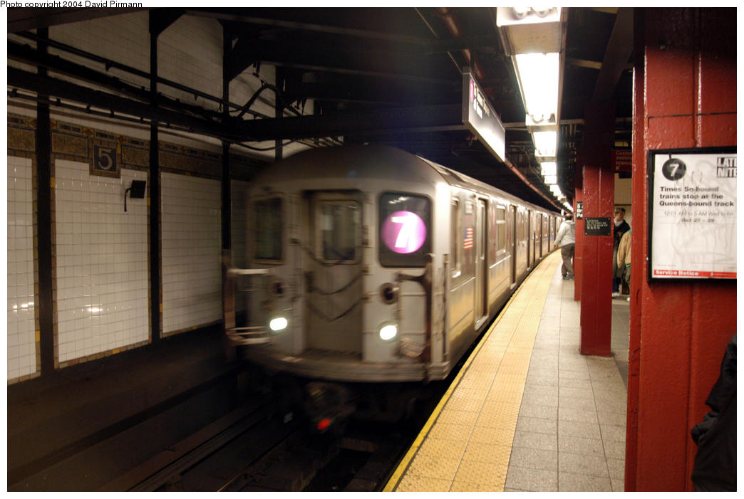 (160k, 1044x701)<br><b>Country:</b> United States<br><b>City:</b> New York<br><b>System:</b> New York City Transit<br><b>Line:</b> IRT Flushing Line<br><b>Location:</b> 5th Avenue<br><b>Route:</b> 7<br><b>Car:</b> R-62A (Bombardier, 1984-1987) 1686 <br><b>Photo by:</b> David Pirmann<br><b>Date:</b> 10/29/2004<br><b>Viewed (this week/total):</b> 2 / 5694