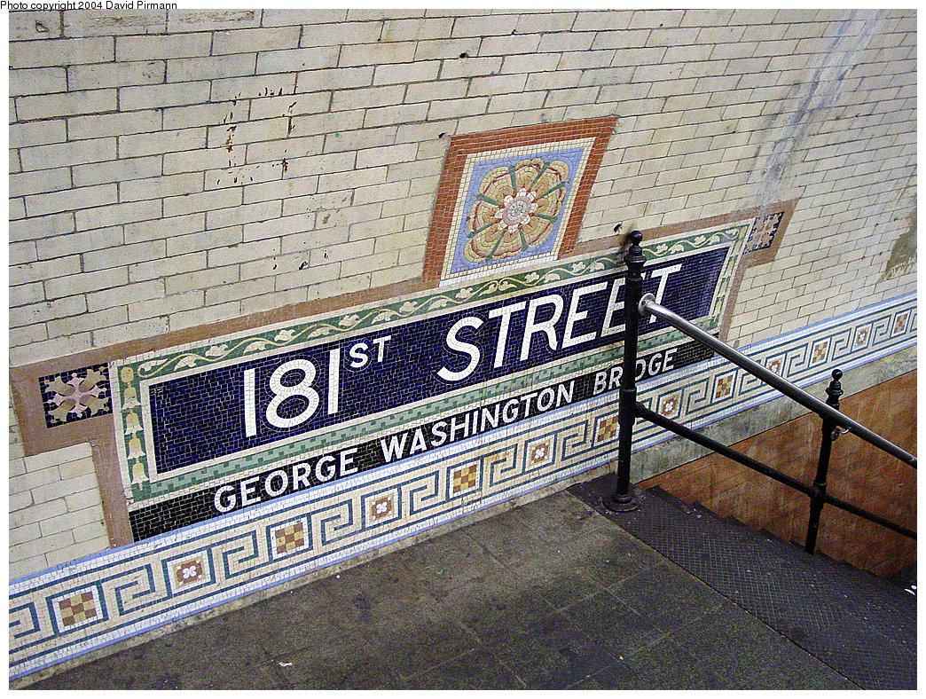 (458k, 1044x788)<br><b>Country:</b> United States<br><b>City:</b> New York<br><b>System:</b> New York City Transit<br><b>Line:</b> IRT West Side Line<br><b>Location:</b> 181st Street<br><b>Photo by:</b> David Pirmann<br><b>Date:</b> 11/6/2004<br><b>Viewed (this week/total):</b> 3 / 2835