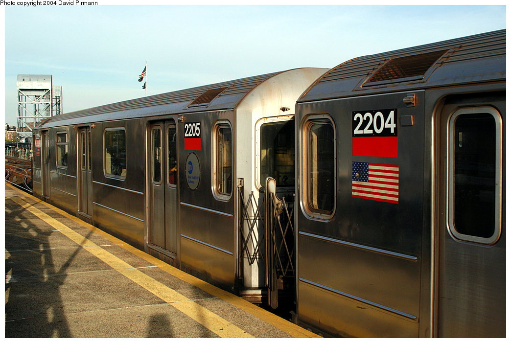 (245k, 1044x701)<br><b>Country:</b> United States<br><b>City:</b> New York<br><b>System:</b> New York City Transit<br><b>Line:</b> IRT West Side Line<br><b>Location:</b> 215th Street<br><b>Route:</b> 1<br><b>Car:</b> R-62A (Bombardier, 1984-1987) 2205 <br><b>Photo by:</b> David Pirmann<br><b>Date:</b> 11/6/2004<br><b>Viewed (this week/total):</b> 2 / 3859