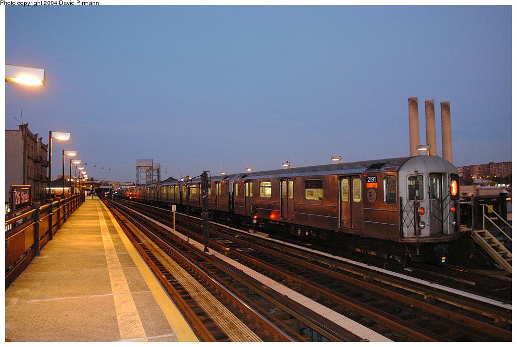 (226k, 1044x701)<br><b>Country:</b> United States<br><b>City:</b> New York<br><b>System:</b> New York City Transit<br><b>Line:</b> IRT West Side Line<br><b>Location:</b> 215th Street<br><b>Route:</b> 1<br><b>Car:</b> R-62A (Bombardier, 1984-1987) 2191 <br><b>Photo by:</b> David Pirmann<br><b>Date:</b> 11/6/2004<br><b>Viewed (this week/total):</b> 1 / 3291