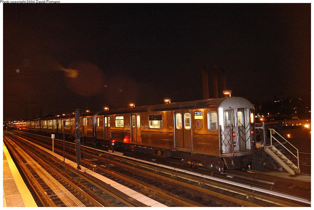 (296k, 1044x701)<br><b>Country:</b> United States<br><b>City:</b> New York<br><b>System:</b> New York City Transit<br><b>Line:</b> IRT West Side Line<br><b>Location:</b> 215th Street<br><b>Route:</b> 1<br><b>Car:</b> R-62A (Bombardier, 1984-1987) 2365 <br><b>Photo by:</b> David Pirmann<br><b>Date:</b> 11/6/2004<br><b>Viewed (this week/total):</b> 1 / 3365