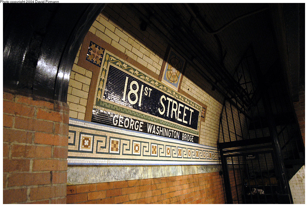 (293k, 1044x701)<br><b>Country:</b> United States<br><b>City:</b> New York<br><b>System:</b> New York City Transit<br><b>Line:</b> IRT West Side Line<br><b>Location:</b> 181st Street<br><b>Photo by:</b> David Pirmann<br><b>Date:</b> 11/6/2004<br><b>Viewed (this week/total):</b> 3 / 3216