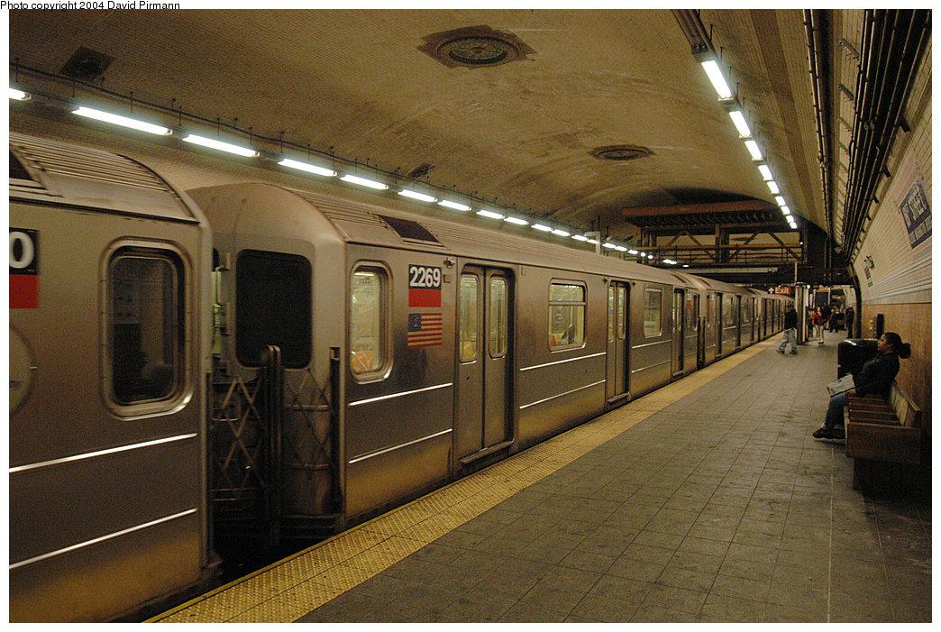 (324k, 1044x701)<br><b>Country:</b> United States<br><b>City:</b> New York<br><b>System:</b> New York City Transit<br><b>Line:</b> IRT West Side Line<br><b>Location:</b> 181st Street<br><b>Route:</b> 1<br><b>Car:</b> R-62A (Bombardier, 1984-1987) 2269 <br><b>Photo by:</b> David Pirmann<br><b>Date:</b> 11/6/2004<br><b>Viewed (this week/total):</b> 1 / 4569