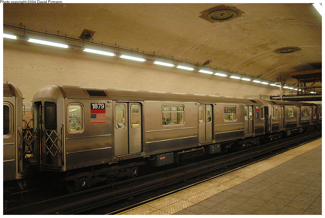 (298k, 1044x701)<br><b>Country:</b> United States<br><b>City:</b> New York<br><b>System:</b> New York City Transit<br><b>Line:</b> IRT West Side Line<br><b>Location:</b> 181st Street<br><b>Route:</b> 1<br><b>Car:</b> R-62A (Bombardier, 1984-1987) 1879 <br><b>Photo by:</b> David Pirmann<br><b>Date:</b> 11/6/2004<br><b>Viewed (this week/total):</b> 3 / 4601