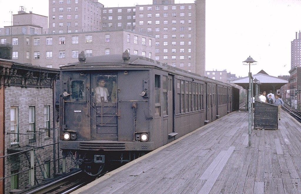 (219k, 1024x661)<br><b>Country:</b> United States<br><b>City:</b> New York<br><b>System:</b> New York City Transit<br><b>Line:</b> BMT Myrtle Avenue Line<br><b>Location:</b> Tompkins Avenue<br><b>Route:</b> Fan Trip<br><b>Car:</b> BMT Q 1602 <br><b>Photo by:</b> Joe Testagrose<br><b>Date:</b> 9/20/1969<br><b>Viewed (this week/total):</b> 0 / 7102