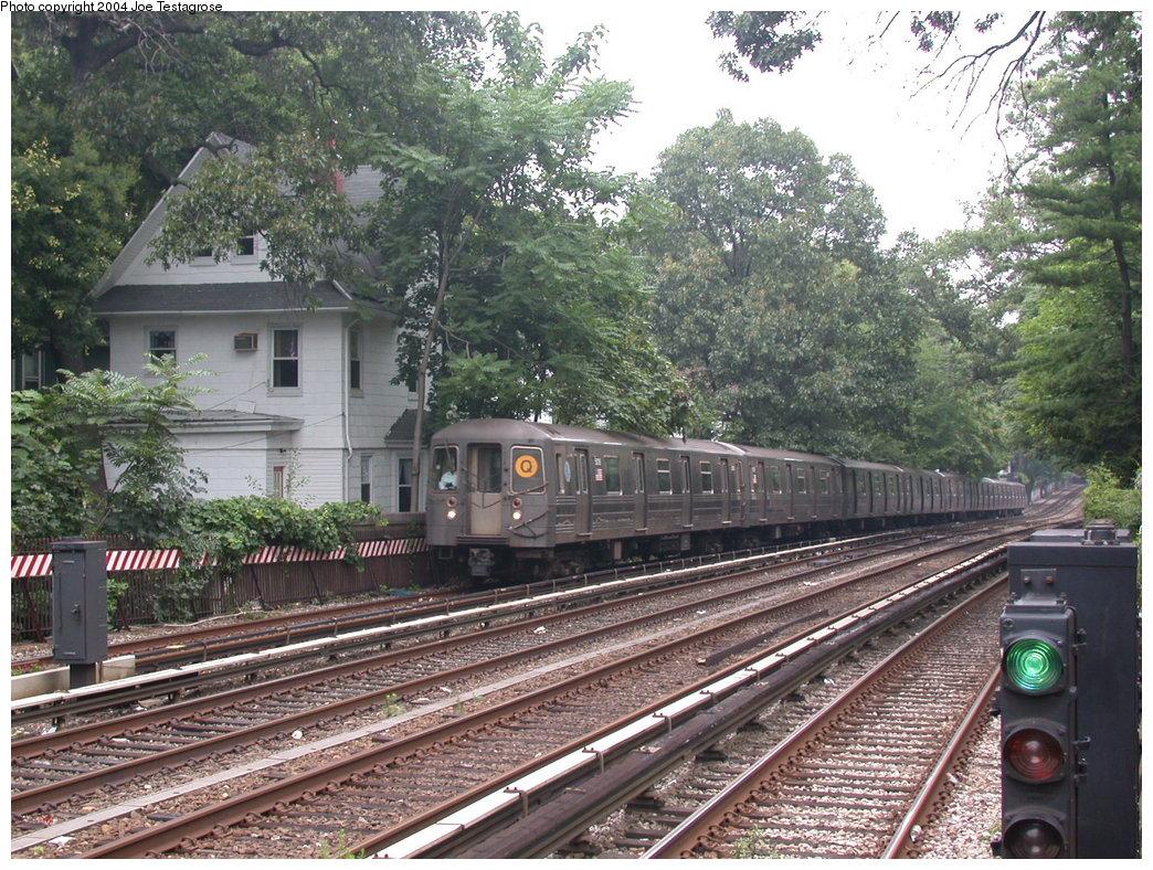 (303k, 1044x788)<br><b>Country:</b> United States<br><b>City:</b> New York<br><b>System:</b> New York City Transit<br><b>Line:</b> BMT Brighton Line<br><b>Location:</b> Avenue H<br><b>Route:</b> Q<br><b>Car:</b> R-68A (Kawasaki, 1988-1989) 5016 <br><b>Photo by:</b> Joe Testagrose<br><b>Date:</b> 7/18/2004<br><b>Viewed (this week/total):</b> 1 / 3211