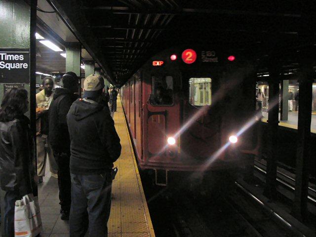 (58k, 640x480)<br><b>Country:</b> United States<br><b>City:</b> New York<br><b>System:</b> New York City Transit<br><b>Line:</b> IRT West Side Line<br><b>Location:</b> Times Square/42nd Street<br><b>Route:</b> 2<br><b>Car:</b> R-33 Main Line (St. Louis, 1962-63) 9017 <br><b>Photo by:</b> Dante D. Angerville<br><b>Date:</b> 12/11/2004<br><b>Viewed (this week/total):</b> 0 / 7318