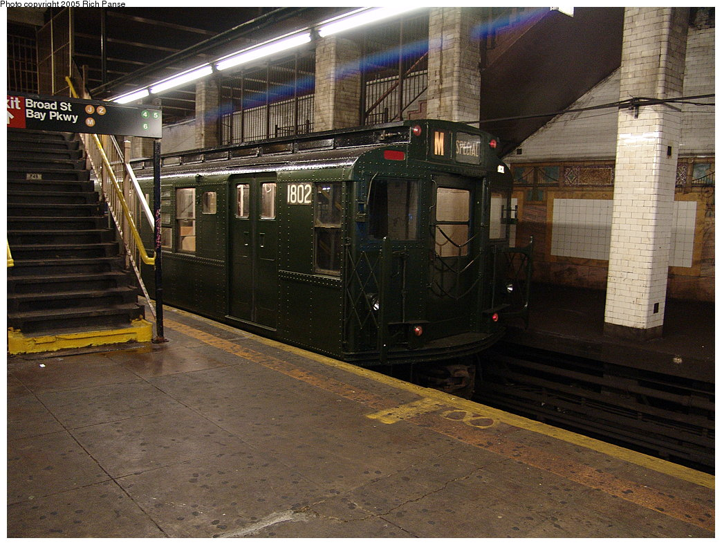 (232k, 1044x788)<br><b>Country:</b> United States<br><b>City:</b> New York<br><b>System:</b> New York City Transit<br><b>Line:</b> BMT Nassau Street-Jamaica Line<br><b>Location:</b> Chambers Street<br><b>Route:</b> Fan Trip<br><b>Car:</b> R-9 (Pressed Steel, 1940) 1802 <br><b>Photo by:</b> Richard Panse<br><b>Date:</b> 1/1/2005<br><b>Viewed (this week/total):</b> 6 / 7405