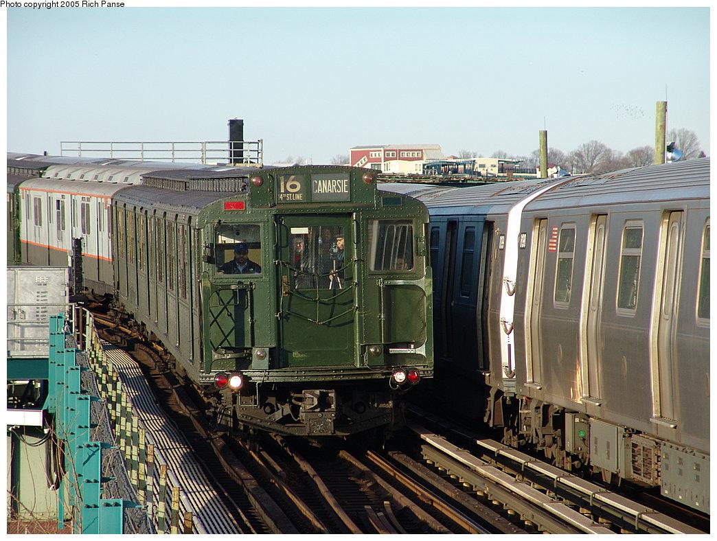 (236k, 1044x788)<br><b>Country:</b> United States<br><b>City:</b> New York<br><b>System:</b> New York City Transit<br><b>Line:</b> BMT Canarsie Line<br><b>Location:</b> Sutter Avenue<br><b>Route:</b> Fan Trip<br><b>Car:</b> R-1 (American Car & Foundry, 1930-1931) 100 <br><b>Photo by:</b> Richard Panse<br><b>Date:</b> 1/1/2005<br><b>Viewed (this week/total):</b> 1 / 4337