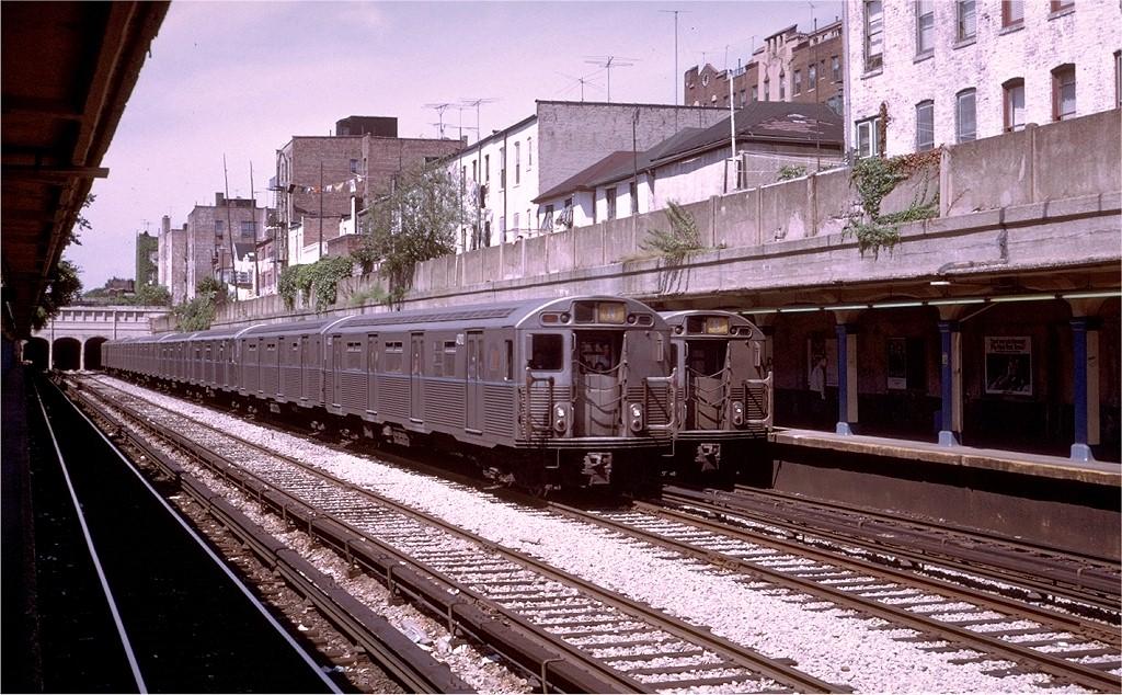 (251k, 1024x634)<br><b>Country:</b> United States<br><b>City:</b> New York<br><b>System:</b> New York City Transit<br><b>Line:</b> BMT Sea Beach Line<br><b>Location:</b> 20th Avenue<br><b>Route:</b> N<br><b>Car:</b> R-38 (St. Louis, 1966-1967) 4010 <br><b>Photo by:</b> Steve Zabel<br><b>Collection of:</b> Joe Testagrose<br><b>Date:</b> 8/6/1972<br><b>Viewed (this week/total):</b> 0 / 4944