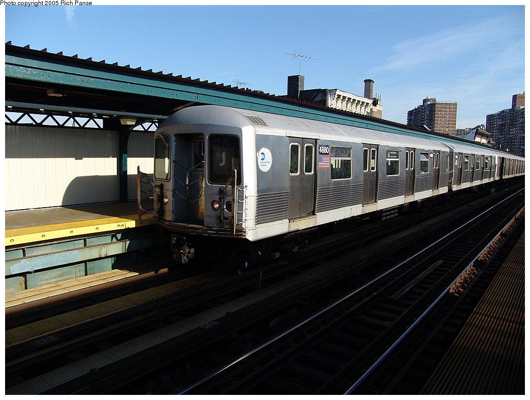 (188k, 1044x788)<br><b>Country:</b> United States<br><b>City:</b> New York<br><b>System:</b> New York City Transit<br><b>Line:</b> BMT Nassau Street-Jamaica Line<br><b>Location:</b> Hewes Street<br><b>Route:</b> J<br><b>Car:</b> R-42 (St. Louis, 1969-1970) 4880 <br><b>Photo by:</b> Richard Panse<br><b>Date:</b> 1/1/2005<br><b>Viewed (this week/total):</b> 2 / 3855