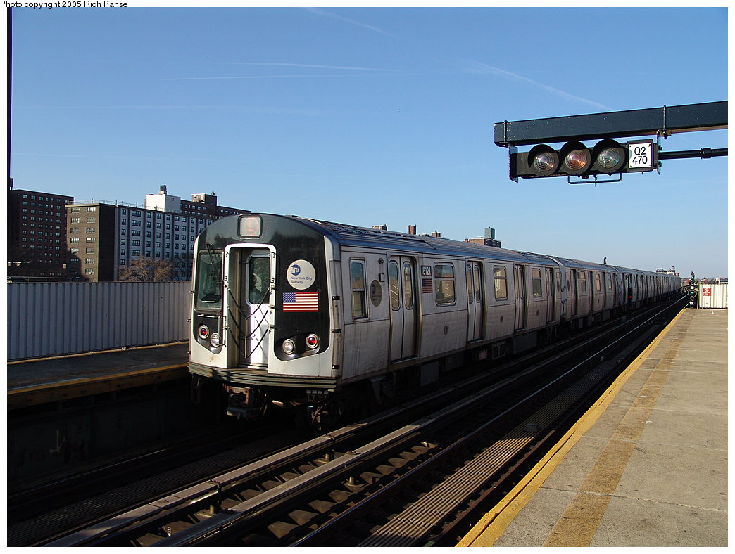 (183k, 1044x788)<br><b>Country:</b> United States<br><b>City:</b> New York<br><b>System:</b> New York City Transit<br><b>Line:</b> BMT Canarsie Line<br><b>Location:</b> Sutter Avenue<br><b>Route:</b> L<br><b>Car:</b> R-143 (Kawasaki, 2001-2002) 8121 <br><b>Photo by:</b> Richard Panse<br><b>Date:</b> 1/1/2005<br><b>Viewed (this week/total):</b> 1 / 4203
