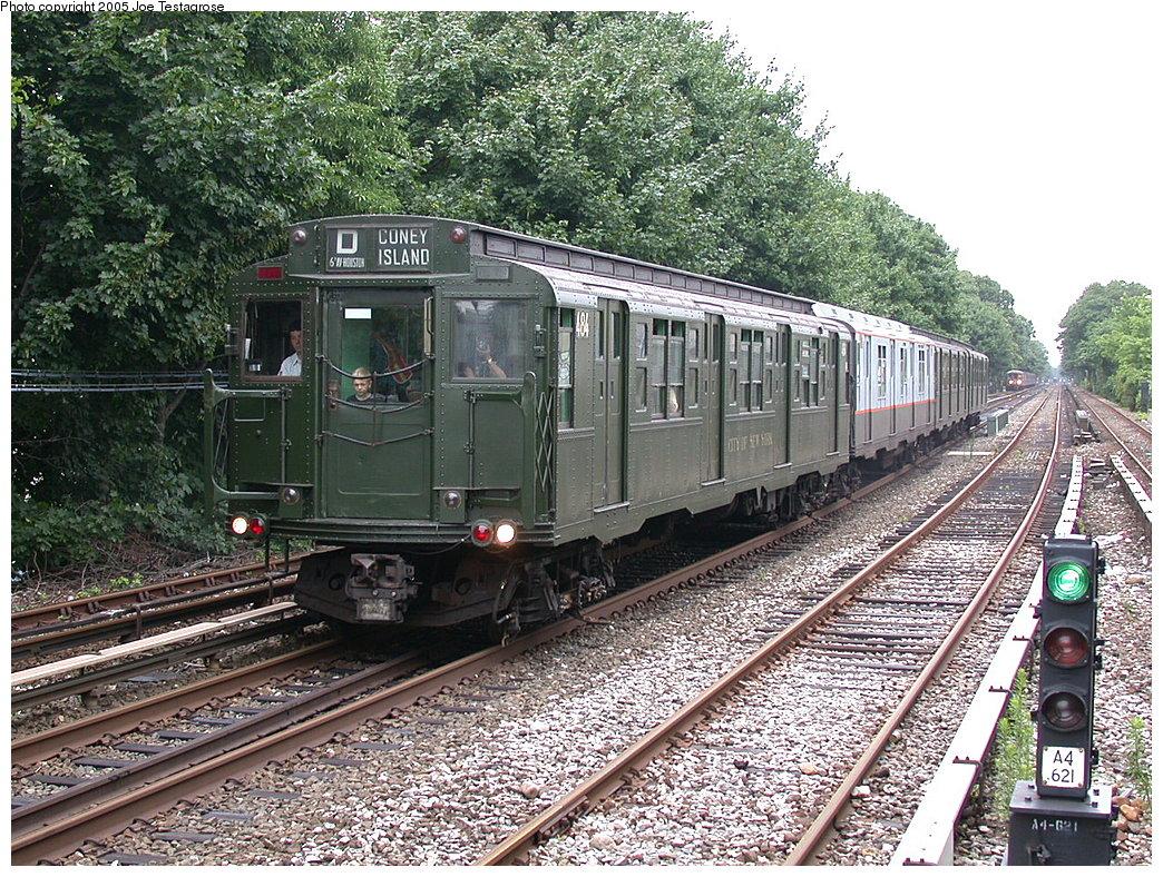 (360k, 1044x788)<br><b>Country:</b> United States<br><b>City:</b> New York<br><b>System:</b> New York City Transit<br><b>Line:</b> BMT Brighton Line<br><b>Location:</b> Kings Highway<br><b>Route:</b> Fan Trip<br><b>Car:</b> R-4 (American Car & Foundry, 1932-1933) 484 <br><b>Photo by:</b> Joe Testagrose<br><b>Date:</b> 7/18/2004<br><b>Viewed (this week/total):</b> 0 / 3013