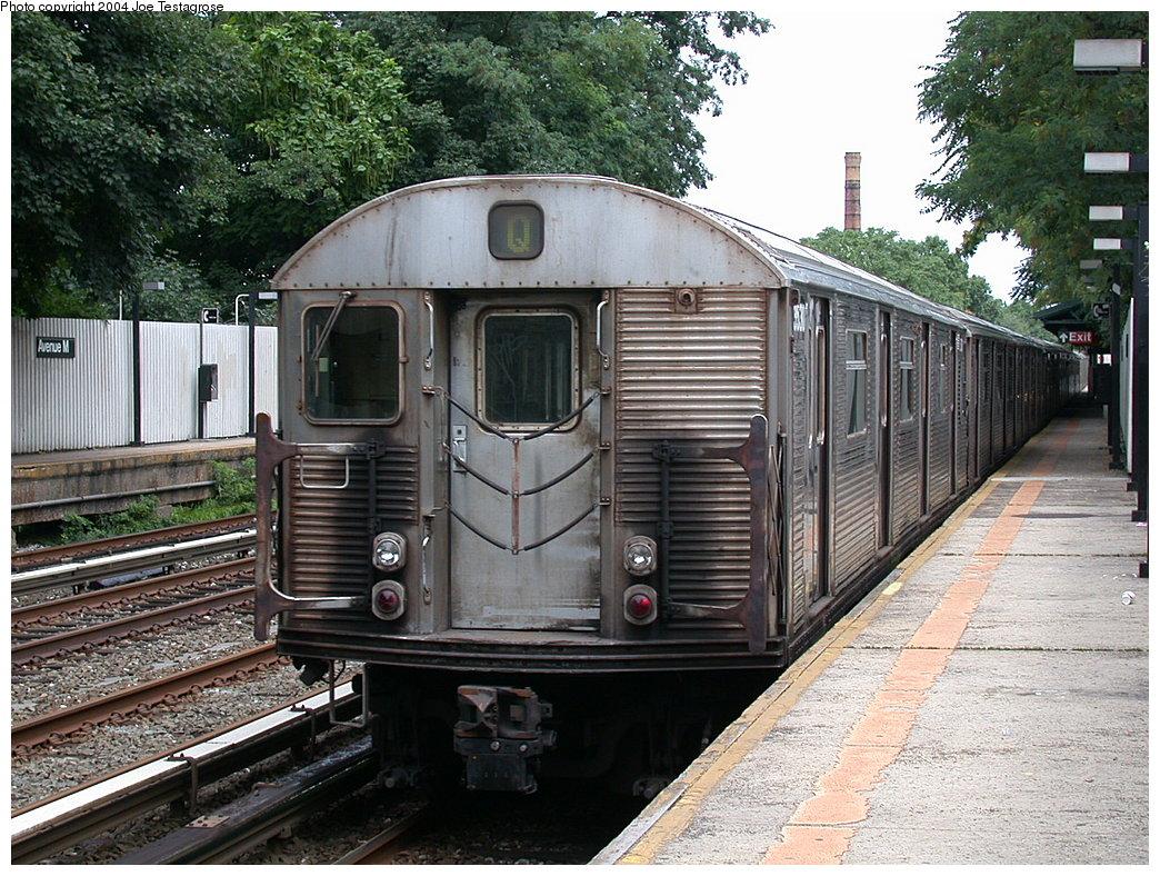 (289k, 1044x788)<br><b>Country:</b> United States<br><b>City:</b> New York<br><b>System:</b> New York City Transit<br><b>Line:</b> BMT Brighton Line<br><b>Location:</b> Avenue M<br><b>Route:</b> Q<br><b>Car:</b> R-32 (Budd, 1964) 3530 <br><b>Photo by:</b> Joe Testagrose<br><b>Date:</b> 7/25/2004<br><b>Viewed (this week/total):</b> 1 / 5411