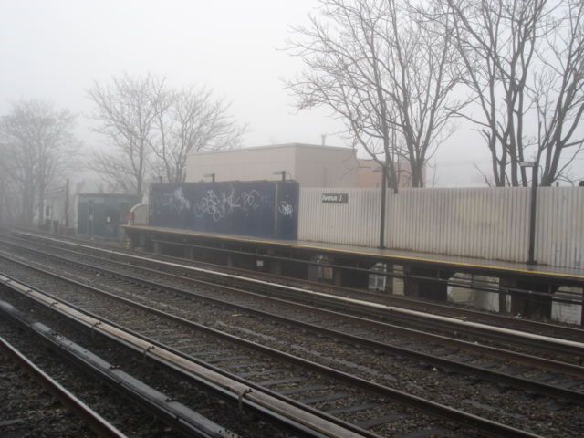 (138k, 640x480)<br><b>Country:</b> United States<br><b>City:</b> New York<br><b>System:</b> New York City Transit<br><b>Line:</b> BMT Brighton Line<br><b>Location:</b> Avenue U<br><b>Photo by:</b> Kris Naudus<br><b>Date:</b> 1/13/2004<br><b>Notes:</b> Southbound platform from across the tracks, with temporary partition at the end.<br><b>Viewed (this week/total):</b> 0 / 1979