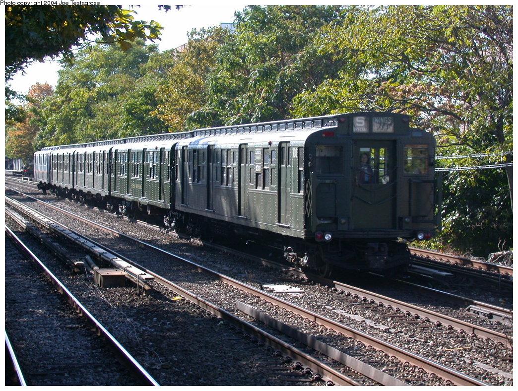 (353k, 1044x788)<br><b>Country:</b> United States<br><b>City:</b> New York<br><b>System:</b> New York City Transit<br><b>Line:</b> BMT Brighton Line<br><b>Location:</b> Avenue U<br><b>Route:</b> Fan Trip<br><b>Car:</b> R-1 (American Car & Foundry, 1930-1931) 100 <br><b>Photo by:</b> Joe Testagrose<br><b>Date:</b> 10/23/2004<br><b>Viewed (this week/total):</b> 1 / 3364