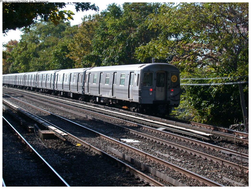 (327k, 1044x788)<br><b>Country:</b> United States<br><b>City:</b> New York<br><b>System:</b> New York City Transit<br><b>Line:</b> BMT Brighton Line<br><b>Location:</b> Avenue U<br><b>Route:</b> Q<br><b>Car:</b> R-68A (Kawasaki, 1988-1989) 5130 <br><b>Photo by:</b> Joe Testagrose<br><b>Date:</b> 10/23/2004<br><b>Viewed (this week/total):</b> 4 / 4214