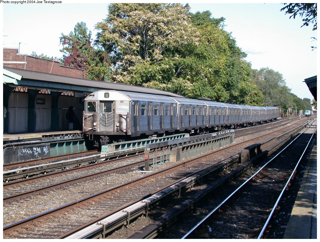 (306k, 1044x788)<br><b>Country:</b> United States<br><b>City:</b> New York<br><b>System:</b> New York City Transit<br><b>Line:</b> BMT Brighton Line<br><b>Location:</b> Avenue U<br><b>Route:</b> Q<br><b>Car:</b> R-32 (Budd, 1964) 3420 <br><b>Photo by:</b> Joe Testagrose<br><b>Date:</b> 10/23/2004<br><b>Viewed (this week/total):</b> 3 / 4943