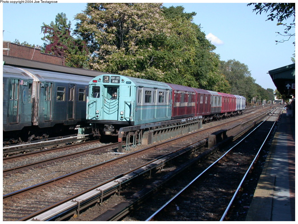 (287k, 1044x788)<br><b>Country:</b> United States<br><b>City:</b> New York<br><b>System:</b> New York City Transit<br><b>Line:</b> BMT Brighton Line<br><b>Location:</b> Avenue U<br><b>Route:</b> Fan Trip<br><b>Car:</b> R-33 World's Fair (St. Louis, 1963-64) 9306 <br><b>Photo by:</b> Joe Testagrose<br><b>Date:</b> 10/23/2004<br><b>Viewed (this week/total):</b> 5 / 3411