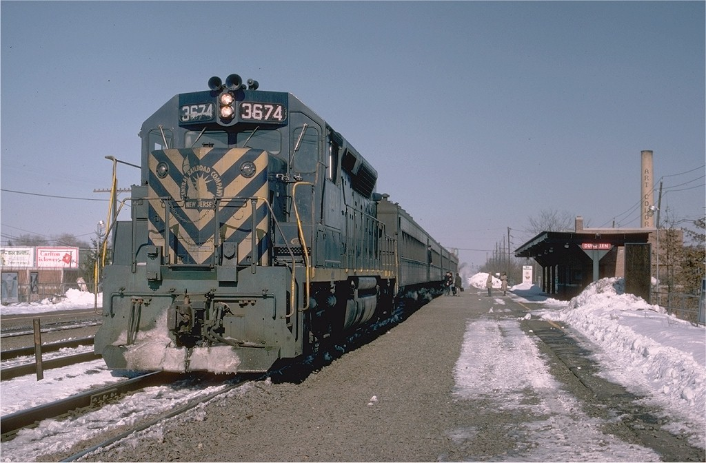 (192k, 1024x672)<br><b>Country:</b> United States<br><b>System:</b> NJ Transit (or Predecessor)<br><b>Line:</b> NJT Raritan Valley Line<br><b>Location:</b> Dunellen<br><b>Car:</b>  3674 <br><b>Photo by:</b> Joe Testagrose<br><b>Date:</b> 3/5/1978<br><b>Viewed (this week/total):</b> 1 / 4861