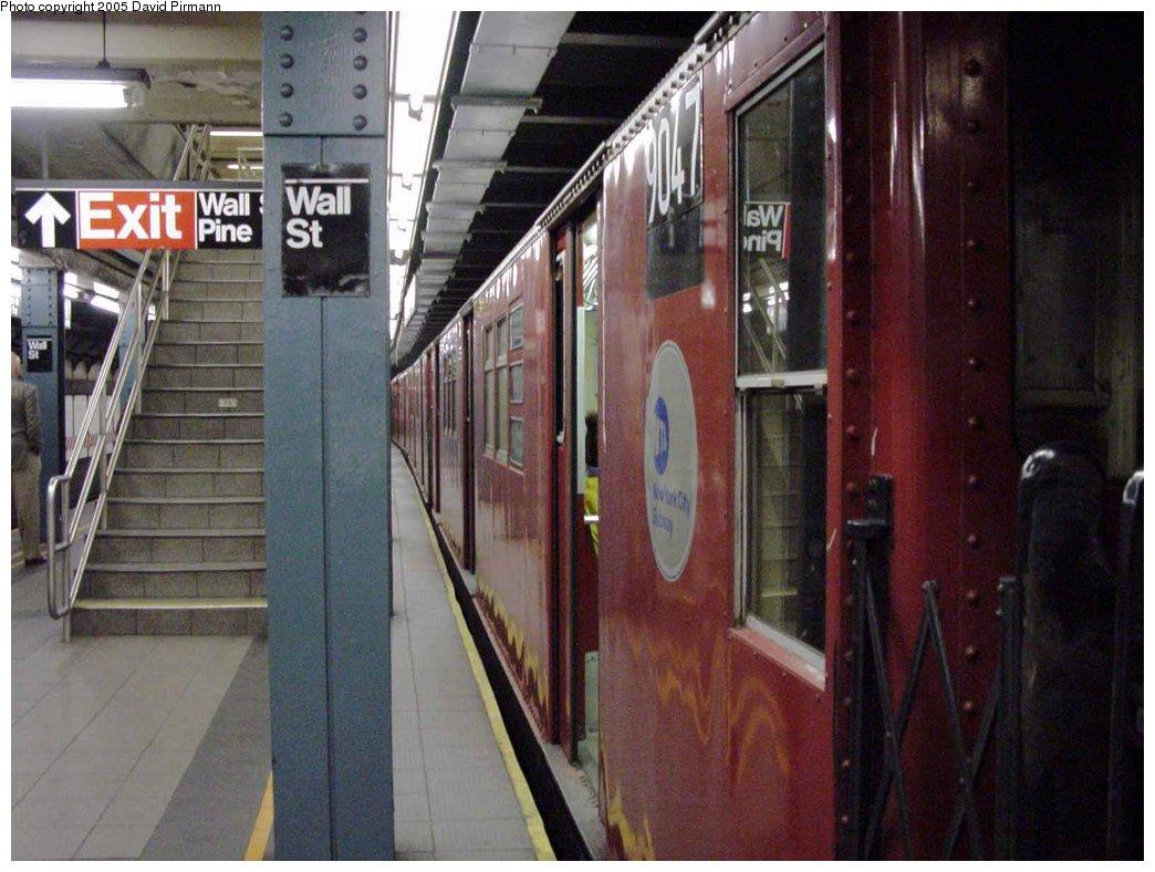 (161k, 1044x788)<br><b>Country:</b> United States<br><b>City:</b> New York<br><b>System:</b> New York City Transit<br><b>Line:</b> IRT West Side Line<br><b>Location:</b> Wall Street<br><b>Route:</b> 2<br><b>Car:</b> R-33 Main Line (St. Louis, 1962-63) 9047 <br><b>Photo by:</b> David Pirmann<br><b>Date:</b> 3/25/2000<br><b>Viewed (this week/total):</b> 4 / 8028