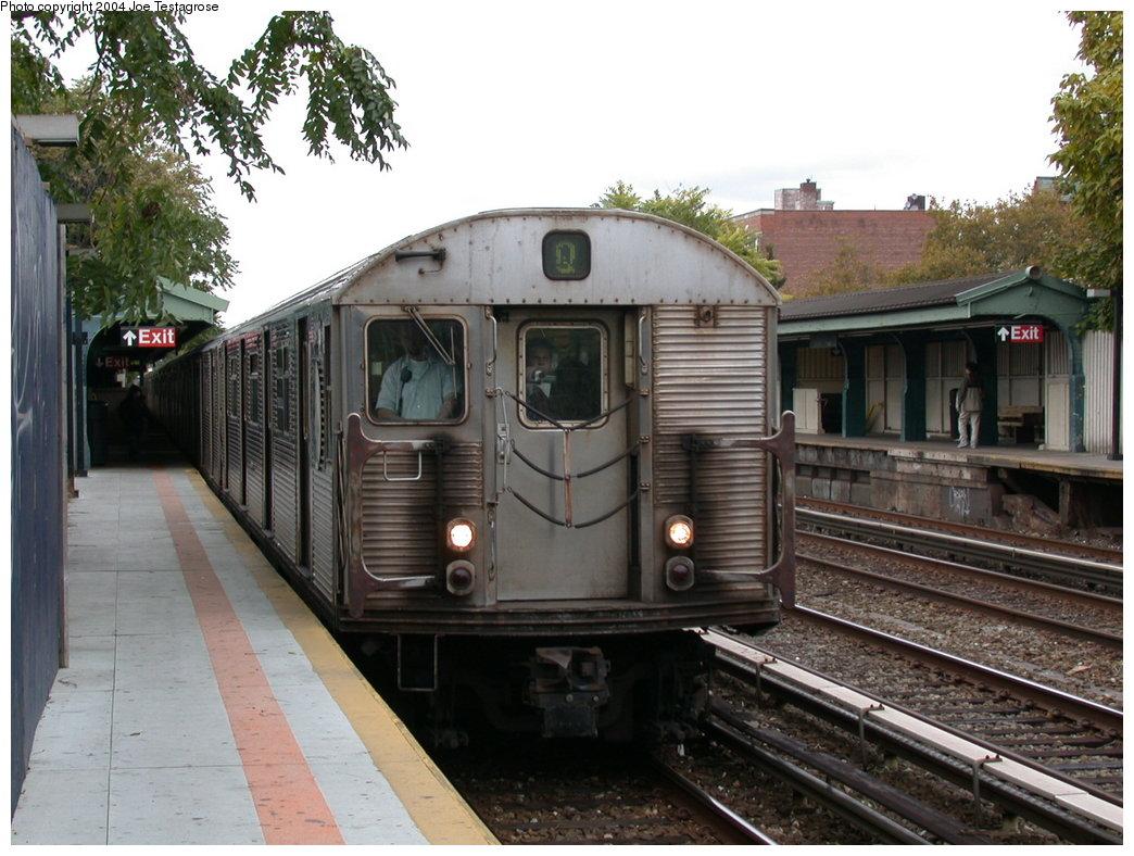 (214k, 1044x788)<br><b>Country:</b> United States<br><b>City:</b> New York<br><b>System:</b> New York City Transit<br><b>Line:</b> BMT Brighton Line<br><b>Location:</b> Avenue U<br><b>Route:</b> Q<br><b>Car:</b> R-32 (Budd, 1964) 3420 <br><b>Photo by:</b> Joe Testagrose<br><b>Date:</b> 10/23/2004<br><b>Viewed (this week/total):</b> 1 / 5722