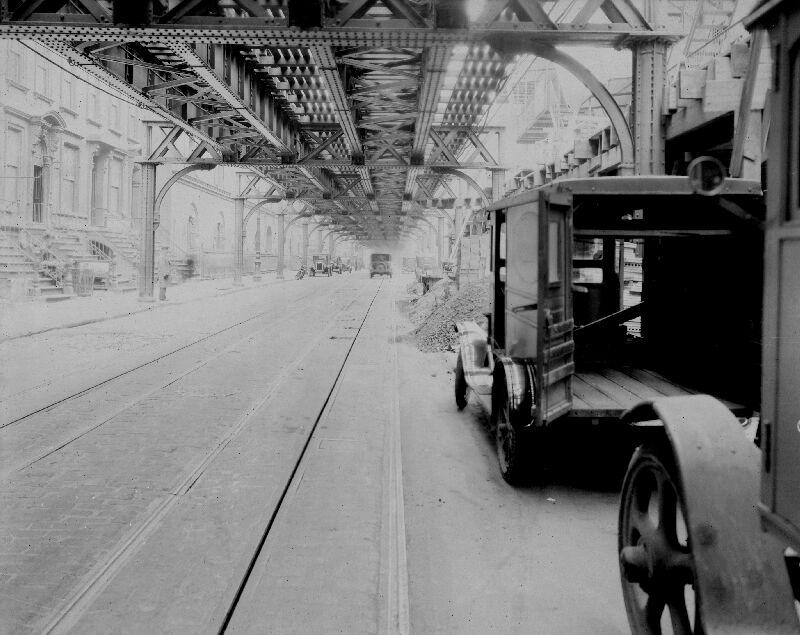 (89k, 800x635)<br><b>Country:</b> United States<br><b>City:</b> New York<br><b>System:</b> New York City Transit<br><b>Line:</b> 6th Avenue El<br><b>Location:</b> 8th Avenue/53rd Street<br><b>Photo by:</b> Roy Nagl<br><b>Date:</b> 1928<br><b>Viewed (this week/total):</b> 4 / 9431